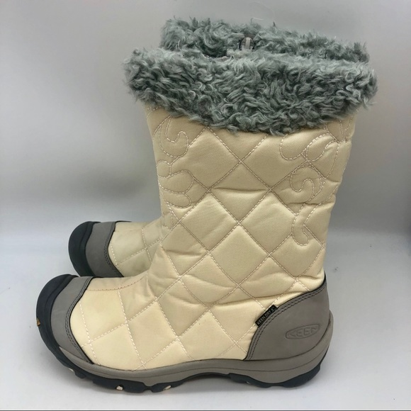 Keen cream and gray snow boots